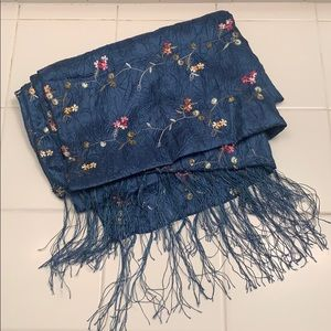 50% Silk Scarf with Embroidered Flowers